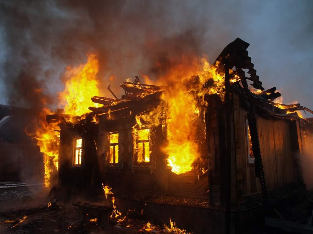 newsvideopic_pozhar-v-odesskoy-oblasti-pogibli-shestero-detey57584_59990