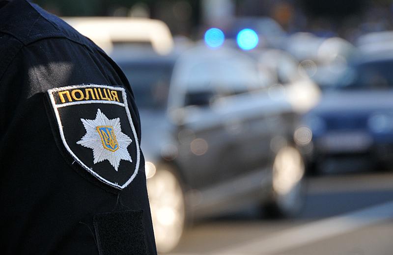 УСумах п'яний поліцейський врізався упатрульних